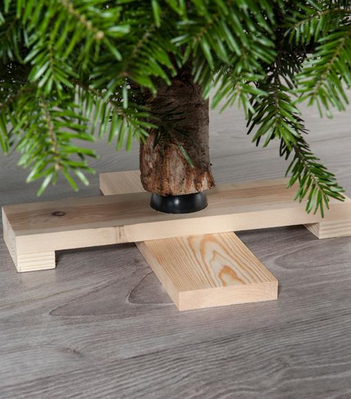 Christbaumständer aus Holz online bestellen bei Bayerntanne.de