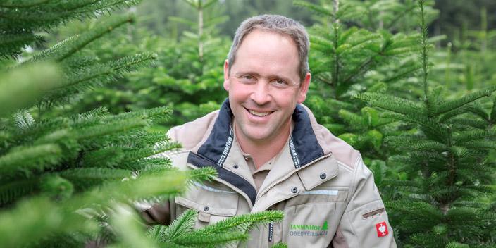 Unsere Bayerntannen stammen aus eigenem Anbau im oberbayerischen Landkreis Dachau bei München. Wir betreiben dort eine nachhaltige, verantwortungsvolle Forstwirtschaft.